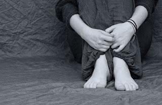 Sufrimiento-dolor-aislamiento-acoso-escolar