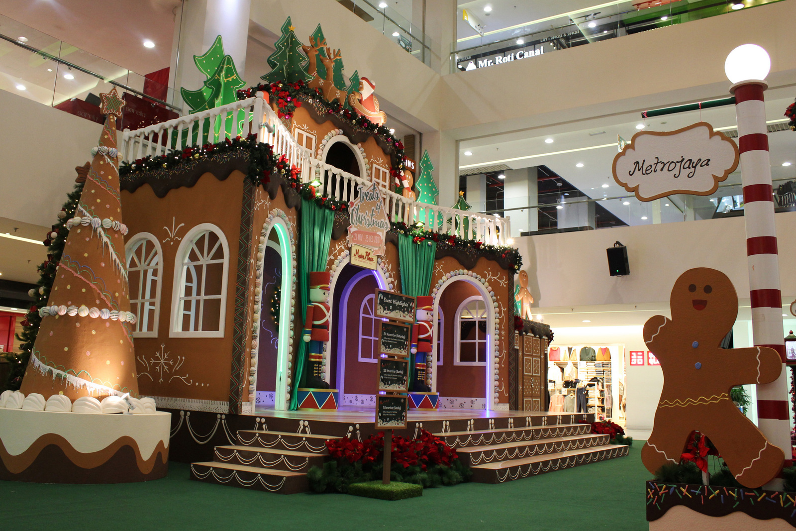main place mall: treats of christmas 2018