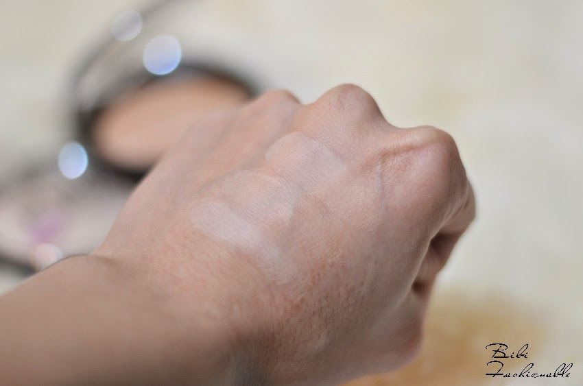 essence pure nude powder Swatches