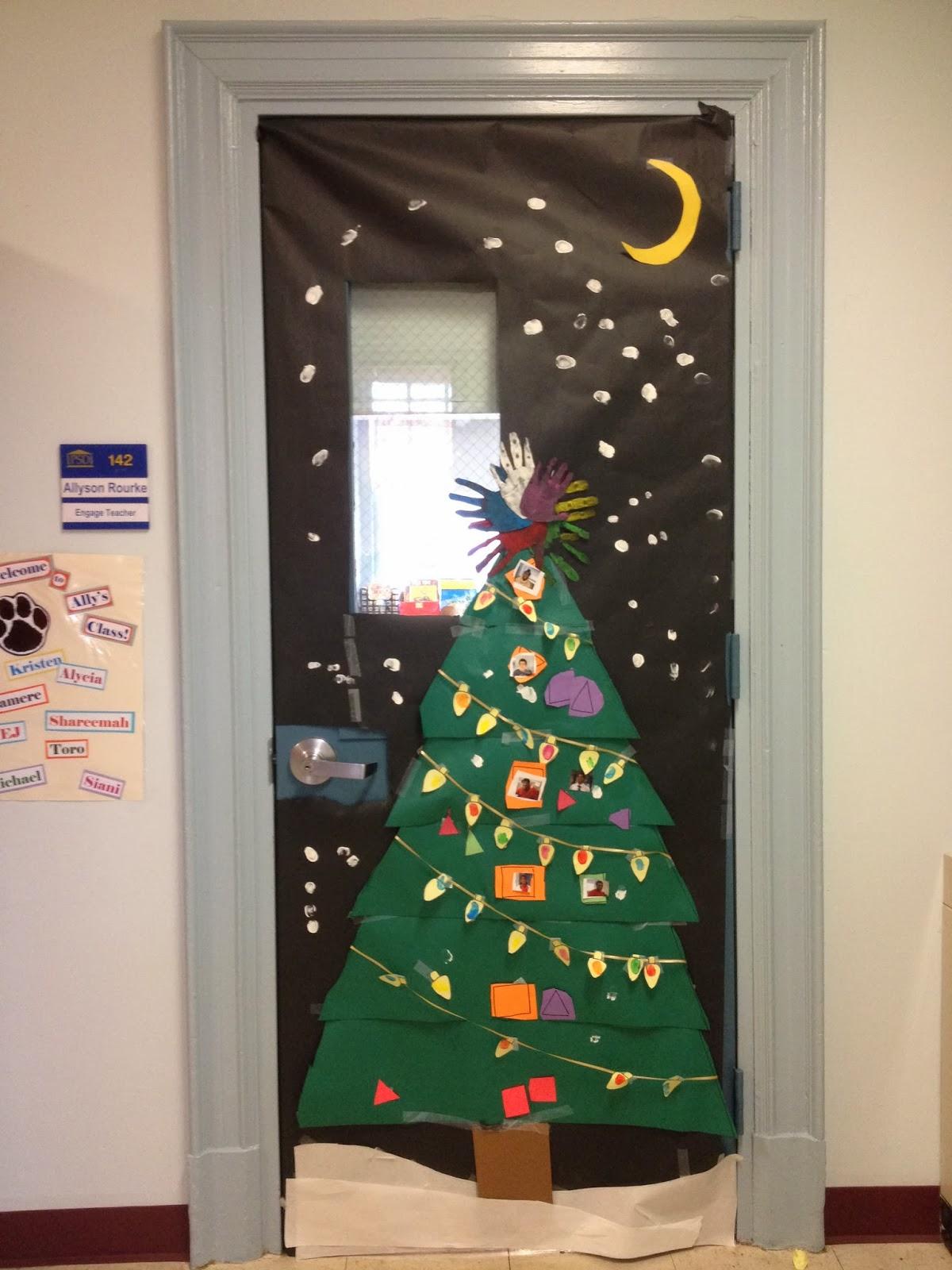 High School Holiday Door Decorations