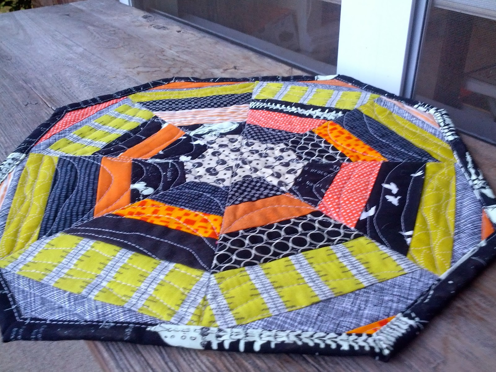 Sew Hungry Halloween Mini Quilt Placemat A Tutorial