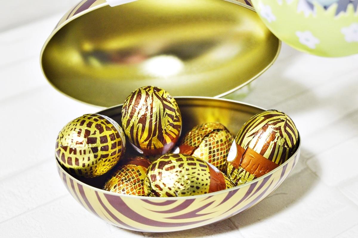 Nougat eggs