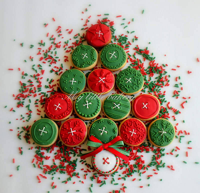 Button Christmas Trees: My Little Bakery 🌹: Christmas Tree Mini Button Cookies :