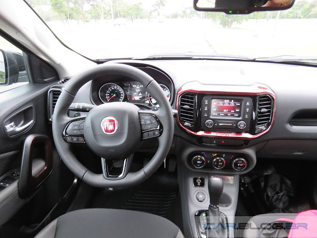Fiat Toro Freedom Flex - painel
