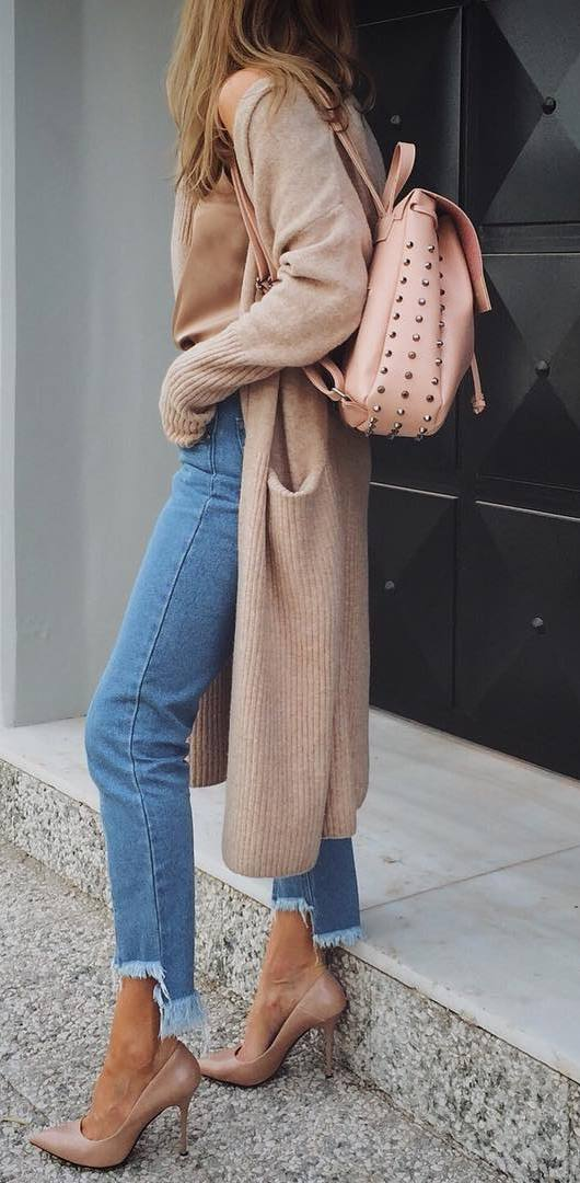 fashion trends / bag + long cardigan + jeans + heels