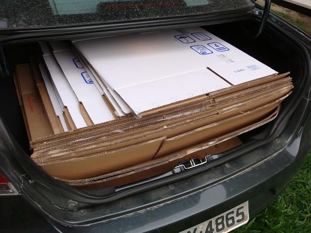 Caixas disponibilizadas pela empresa de mudança