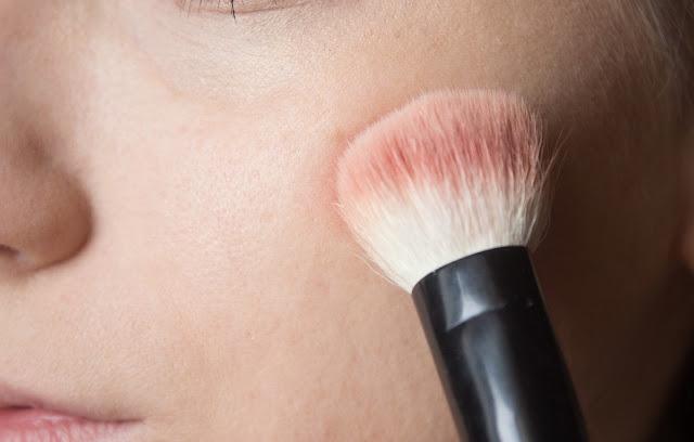 valentine's day makeup: step 17