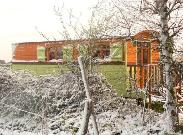 Casa mobile sotto la neve