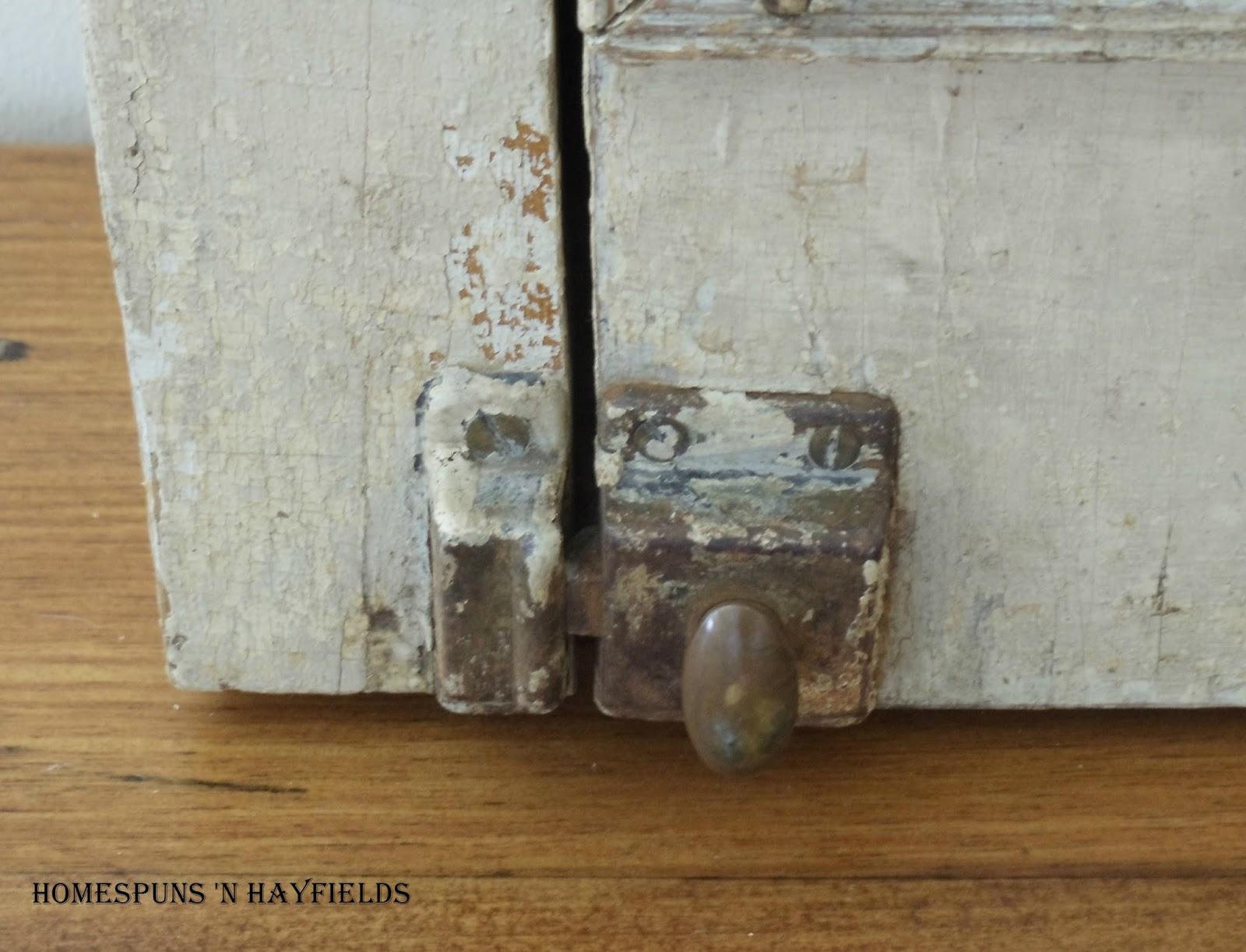 Antique Medicine Cabinet Homespuns N Hayfields Antique Medicine Cabinet