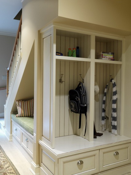10 ideas to take advantage of the stairwell 2