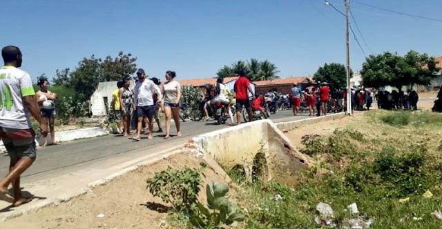 Pai e filho são mortos e uma pessoa é baleada em Alegrete do Piauí