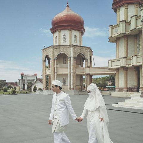 Foto Pengantin Muslimah Bercadar Dwi Lestari