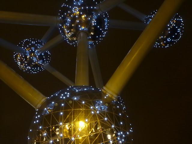 blog.oanasinga.com-winter-in-Europe-Brussels-Belgium-November-2012-(13)
