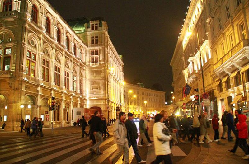 One Day in Vienna, Opera House Vienna