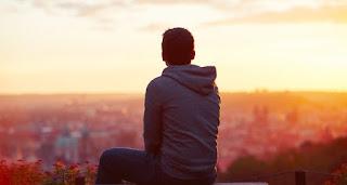 3 σημαντικοί λόγοι ότι χρειάζεστε να περάσετε λίγο χρόνο με τον εαυτό σας