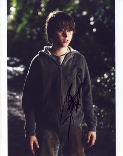 andalone: Autograph - Sterling Beaumon   391 x 497 jpeg 24kB