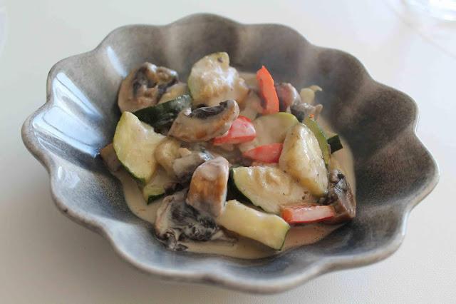 Grönsaksgryta med chili och ingefära