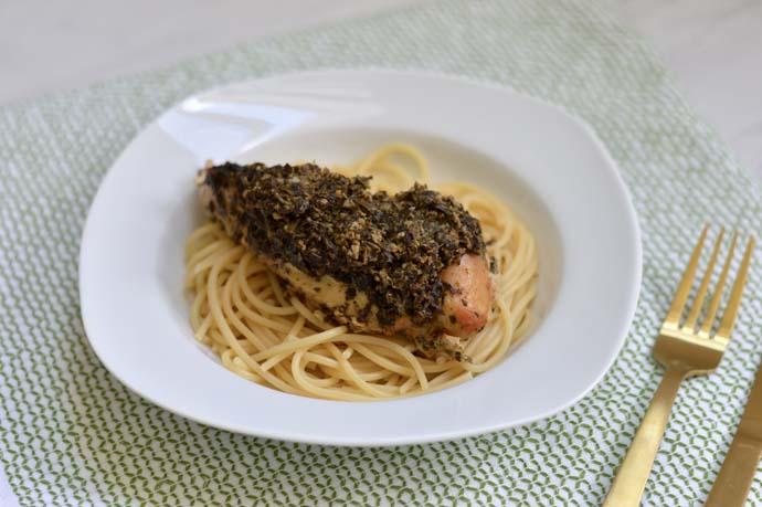 Pesto Chicken Crockpot Dinner @rachmccarthy7