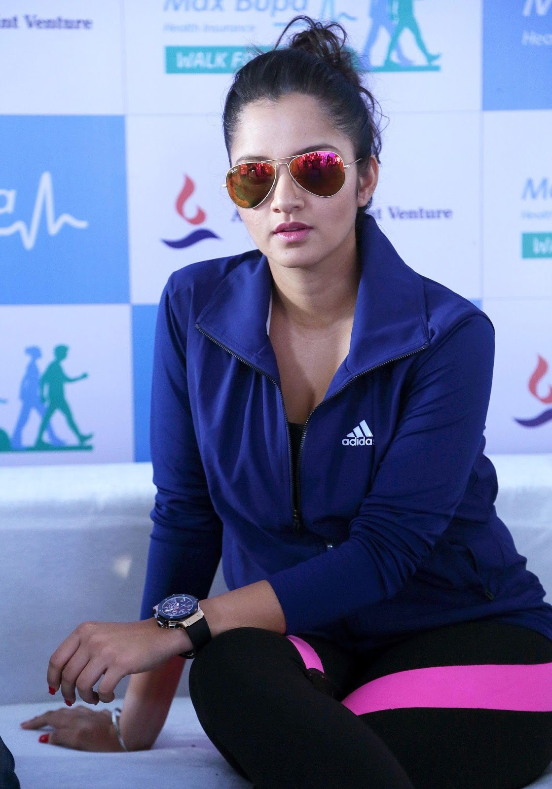 High Quality Bollywood Celebrity Pictures Sania Mirza -3653