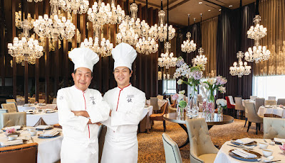 Source: Mandarin Orchard Singapore. Chinese Iron Chef Chen Kenichi and son, Shisen Hanten Executive Chef Chen Kentaro.