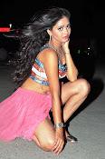 Shreya vyas new sizzling pics-thumbnail-8