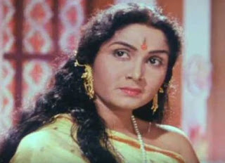 Sulochana Latkar Family Husband Son Daughter Father Mother Marriage Photos Biography Profile.