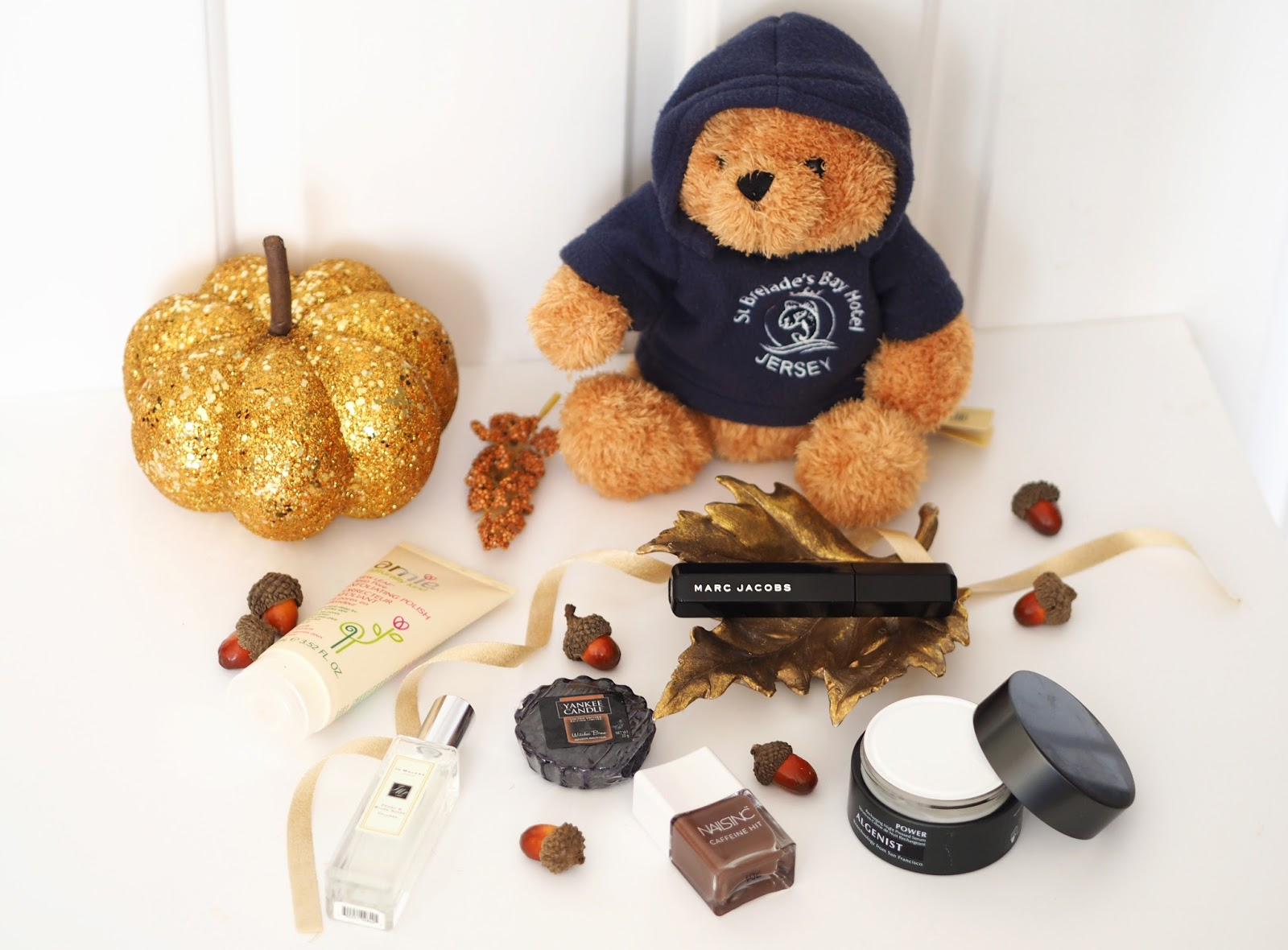 Loves List: October, Katie Kirk Loves, UK Blogger, Beauty Blogger, Autumn Favourites, Beauty Blogger, Beauty Products, Nails Inc, Algenist, Skincare Blogger, St Brelades Bay Jersey, Travel Blogger, Amie Exfoliating Polish, Jo Malone, Peony & Blush Suede, Fragrance, Yankee Candle, Witches Brew