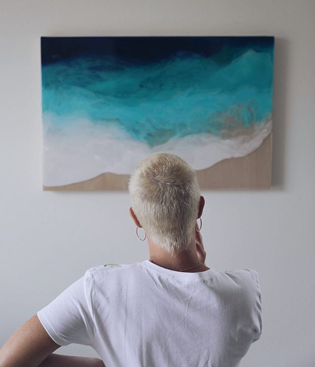 El surf art con resina de Bree Poort