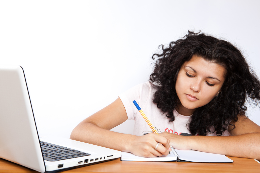 checklist to hire cheap essay writing services shoutout blogger checklist to hire cheap essay writing services