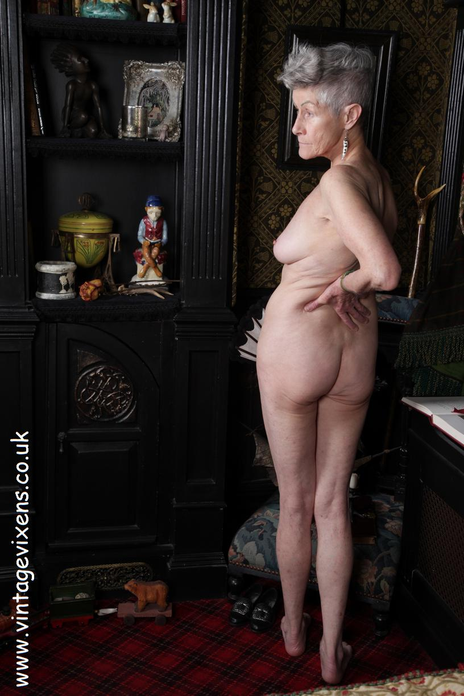 Nude Old Ladies Pic