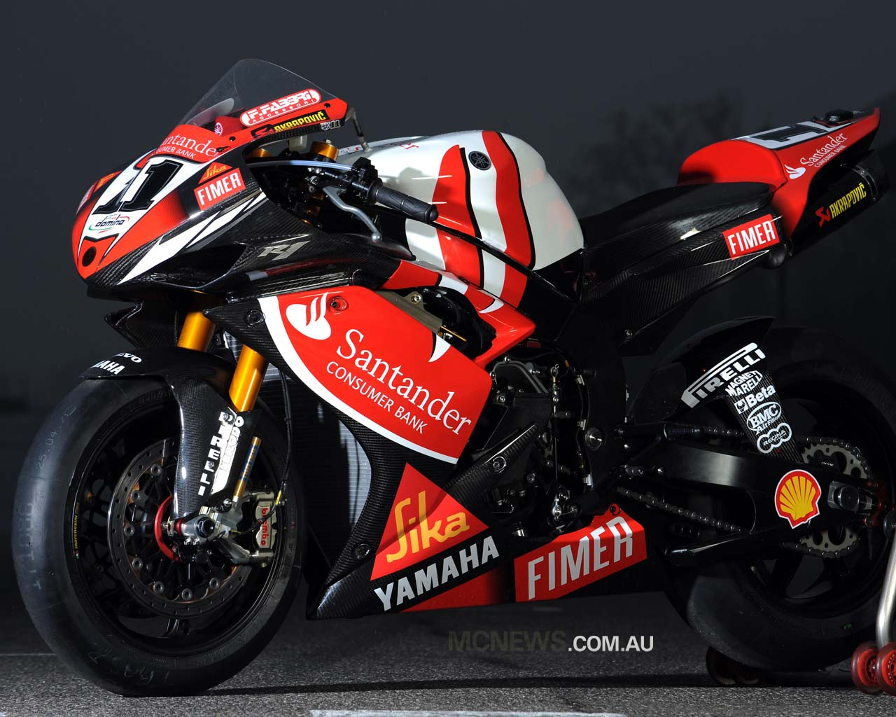 Yamaha R1 SuperBike Wallpapers | Super & Heavy Bikes