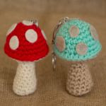 https://translate.googleusercontent.com/translate_c?depth=1&hl=es&rurl=translate.google.es&sl=auto&tl=es&u=https://missdolkapots.wordpress.com/2016/04/01/mushroom-keychain-pattern/&usg=ALkJrhhK3pm00CwqEYwKgew3w_cGjHz20A