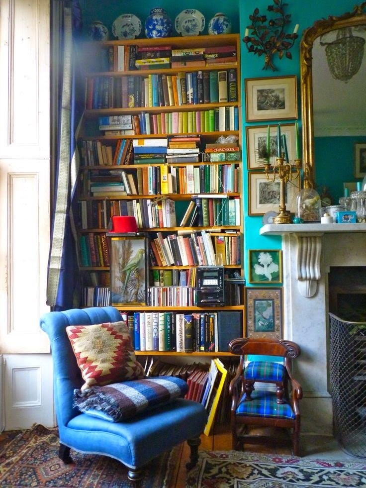 Living Room With Books: Moon To Moon: A Book Worms Dream : Reading Spaces