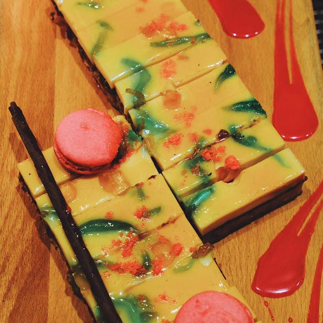 Dessert Hotel Jen Tanglin