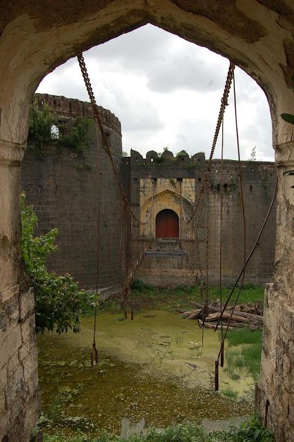 Ahmednagar Fort zulta pul