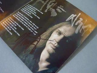 bookletul semnat de Ventor la pagina cu poza lui