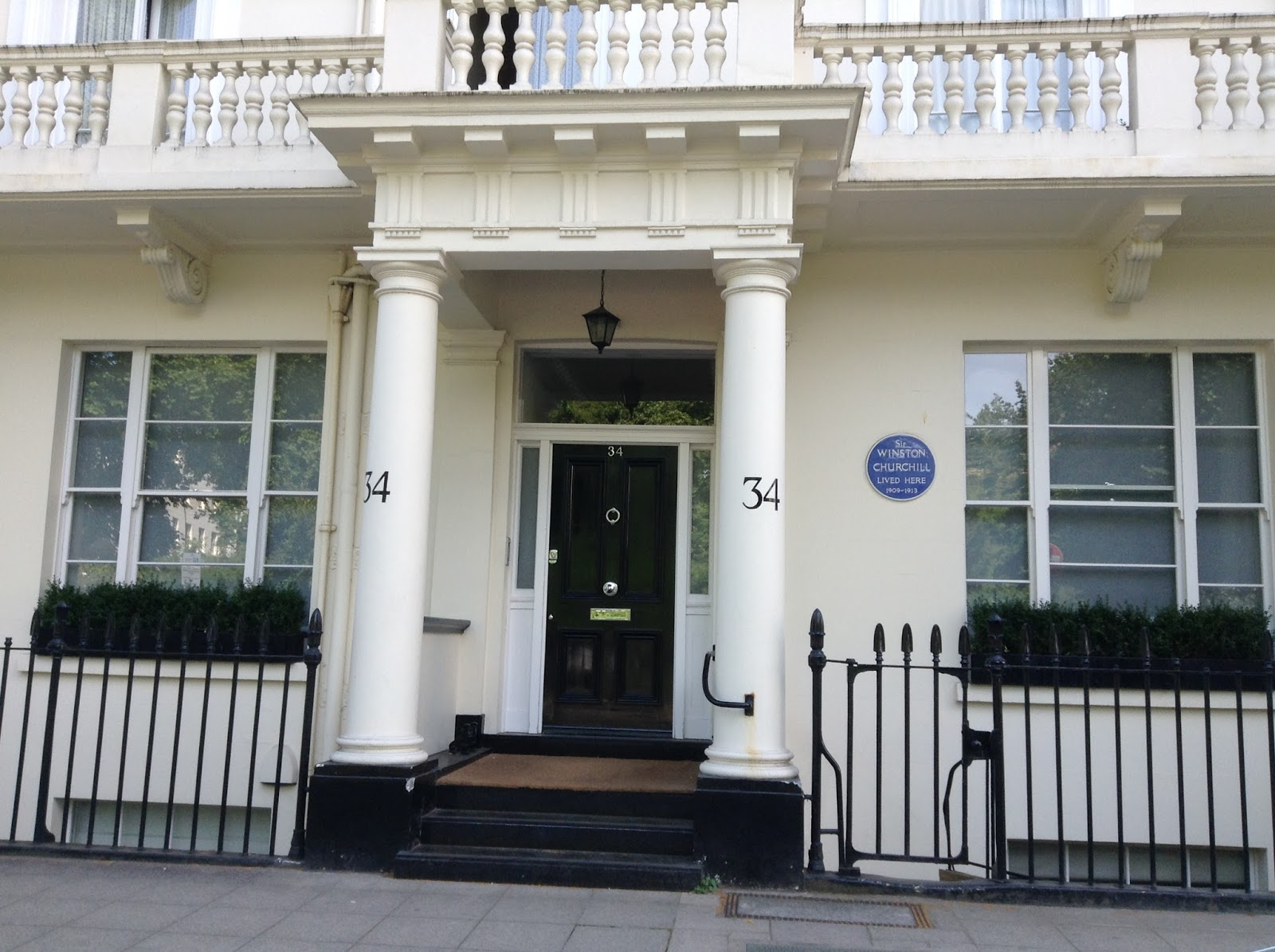 Holmes and Poirot in London: ...