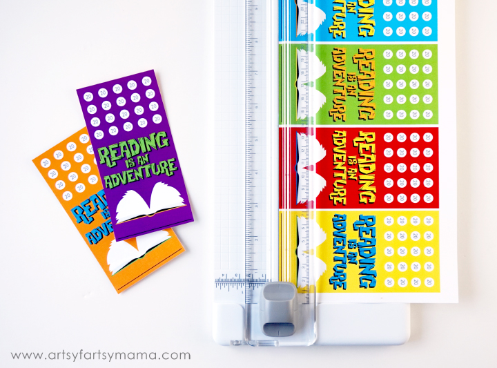 Free Printable Punchcard Bookmarks at artsyfartsymama.com