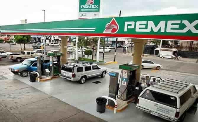 Autos, gasolina, precio
