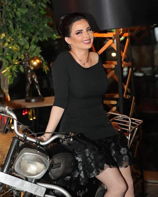 ميرنا كساب تحتفل بعيد ميلادها وسط أهل الفن والإعلام في دبي