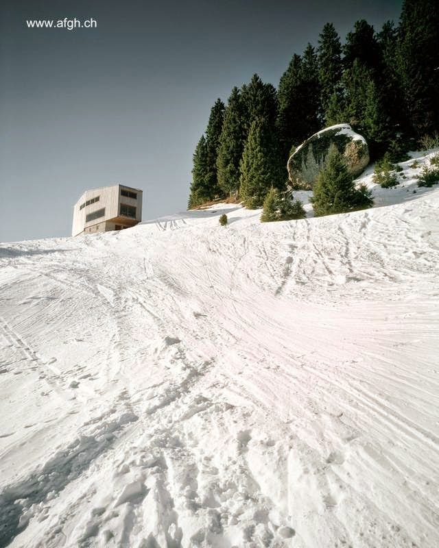 Moderno chalet de montaña en Suiza
