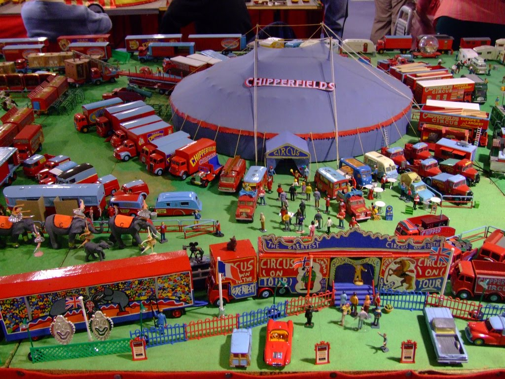 """The Circus """"NO SPIN ZONE"""": Chipperfields Circus--Brighton"""