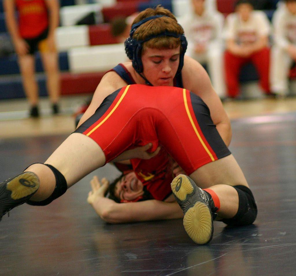 wrestling bulges Young boy