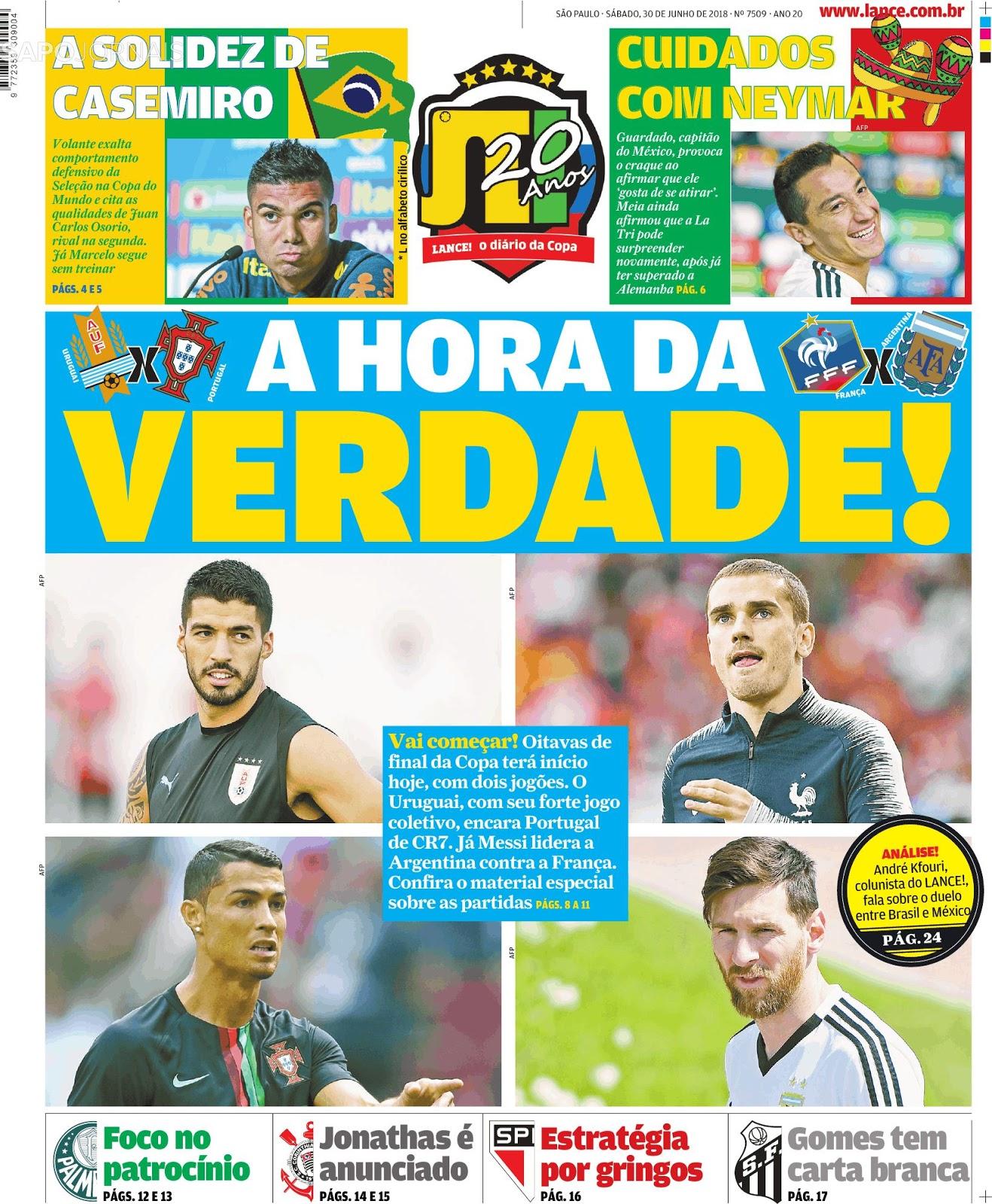 Seleção Brasileira volta a treinar  Danilo se junta ao grupo - Números  indicam evolução da equipe na fase de grupos- Entrevistas com Casemiro e ... 5b67952244d38