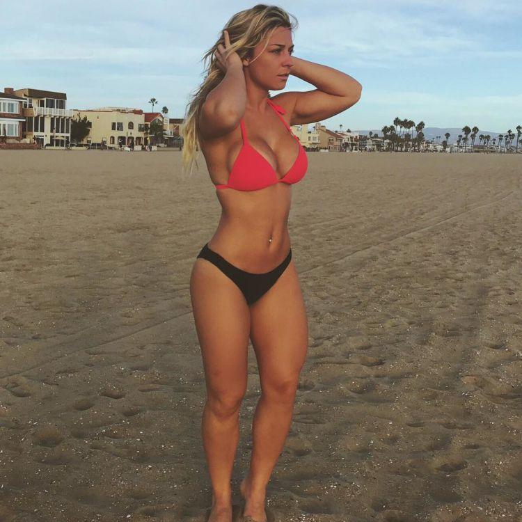 Tara Frost Fitness bikini