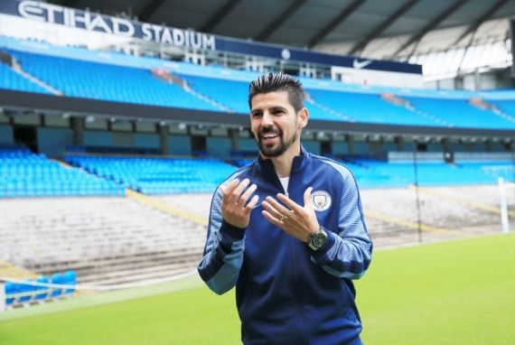 Manchester City complete the signing of Spanish forward Nolito on a four year deal.