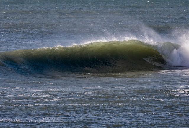 Wave, Surf, Right-hander