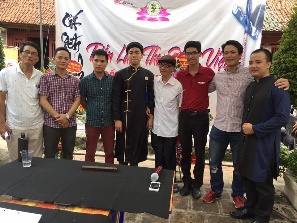 Tình cảm sâu sắc giành cho Chủ nhiệm CLB Việt Thư Đạo Quán