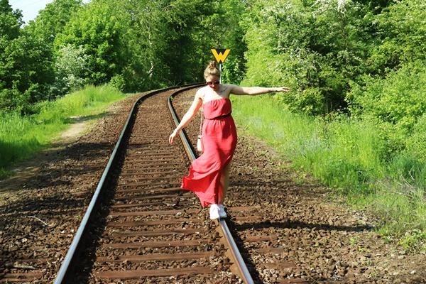 Sunny Sunday #91 - www.josieslittlewonderland.de - Wochenrückblick, sonntagsbeschäftigung, outfit, rotes kleid, fashion