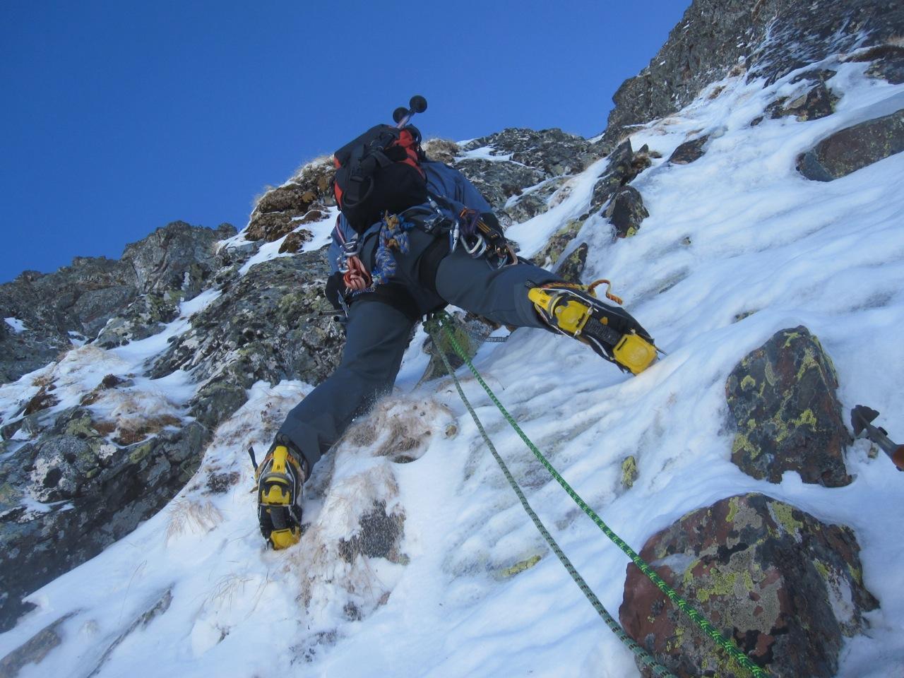 Pablo Velasco: Norte del Anayet. Alpinismo y Amistad